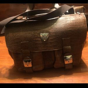 Handbags - New Avantair Duffle Leather bag